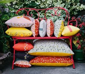 Подушки и садовый текстиль