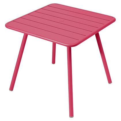 LUXEMBOURG  - Стол 80х80 см, 4 ножки (Сезонная аренда)