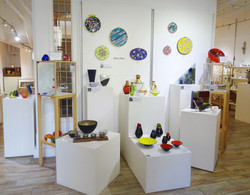 Glass Now gallery overview.