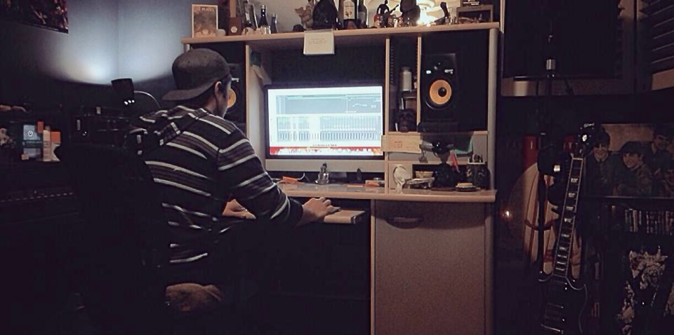 Dan In Studio.jpg