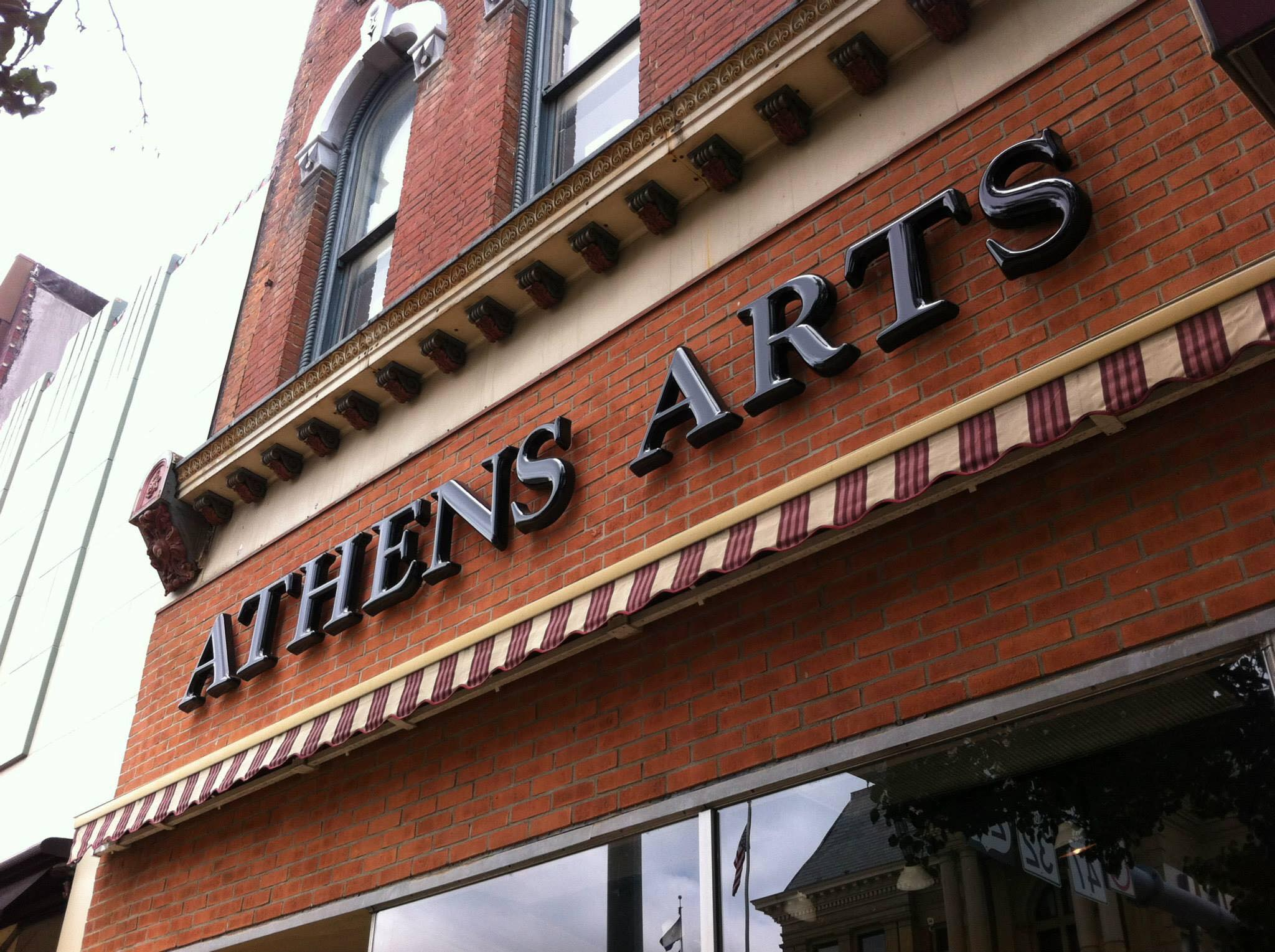 athens_arts_sign_day