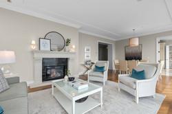 Ritz-Carlton-Toronto-Suite-4902-4.jpg