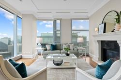 Ritz-Carlton-Toronto-Suite-4902-3.jpg