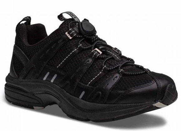 Refresh Women's Athletic Shoe