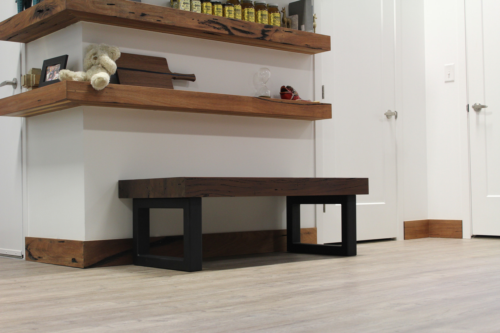 Coffee/Side Table
