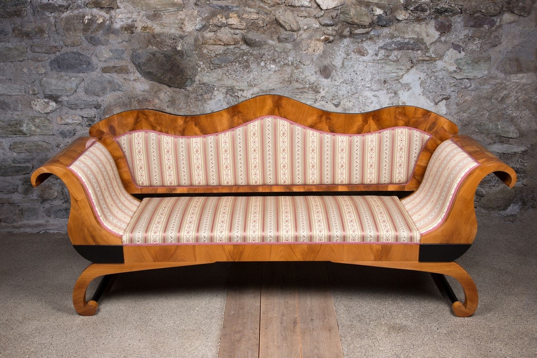 Restauration Couch