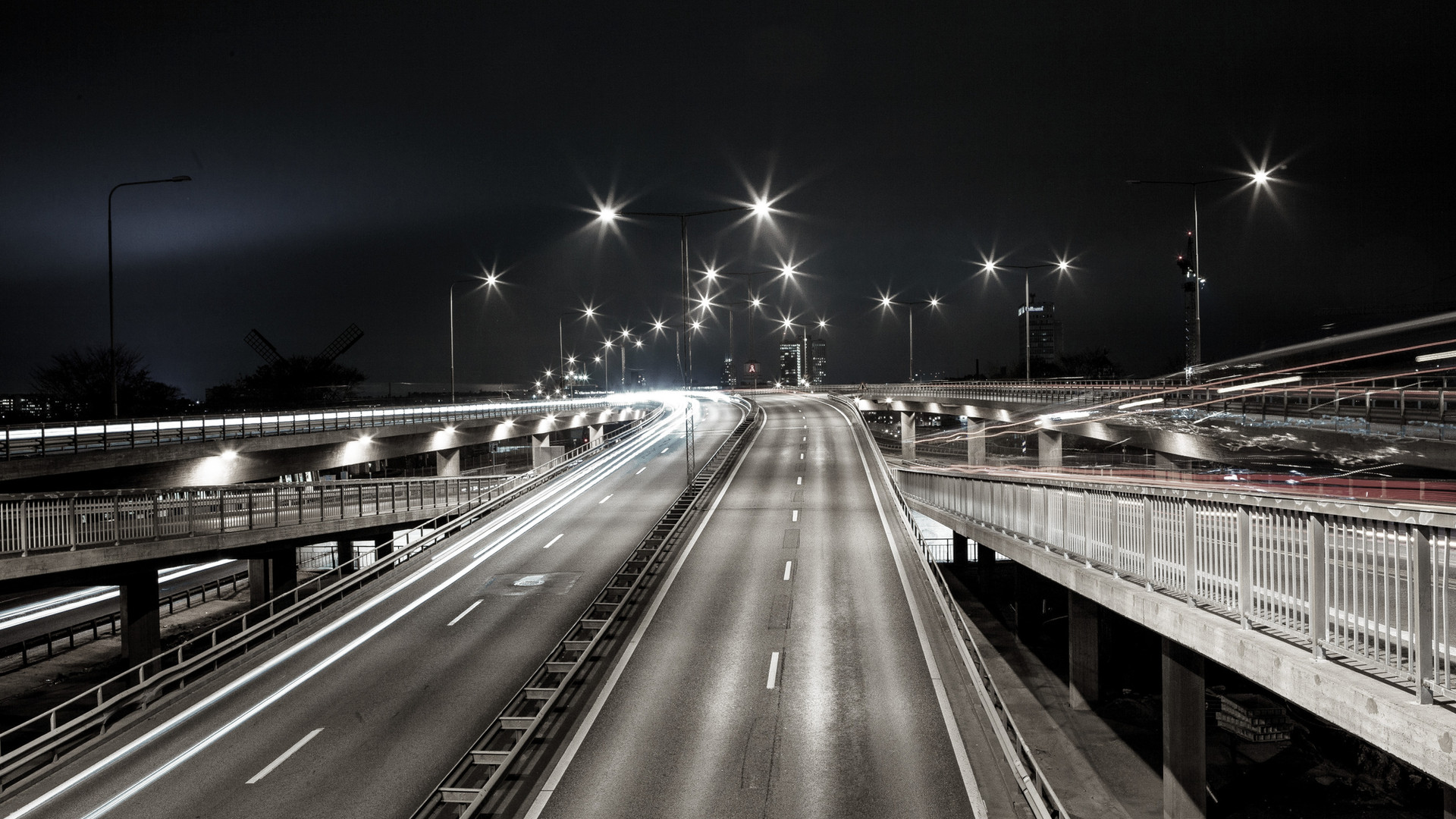 interstate-1149592_edited.jpg