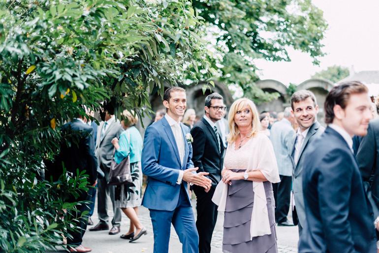 Julia-Mühlbauer-Hochzeitsfotografie-Atzenbrugg-10.jpg