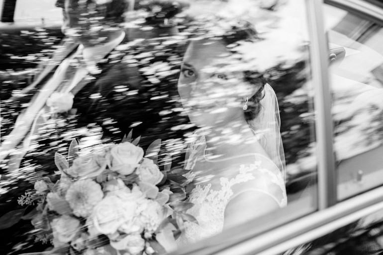 Julia-Mühlbauer-Hochzeitsfotografie-Atzenbrugg-11.jpg