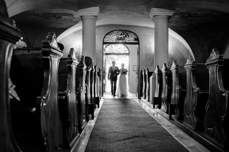 Julia-Mühlbauer-Hochzeitsfotografie-Atzenbrugg-15.jpg