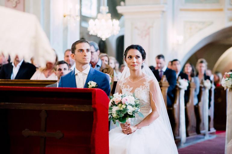 Julia-Mühlbauer-Hochzeitsfotografie-Atzenbrugg-19.jpg