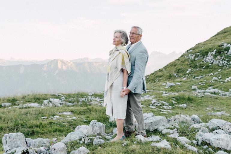 Julia-Mühlbauer-Altaussee-Paarshooting-Goldene-Hochzeit-18.jpg