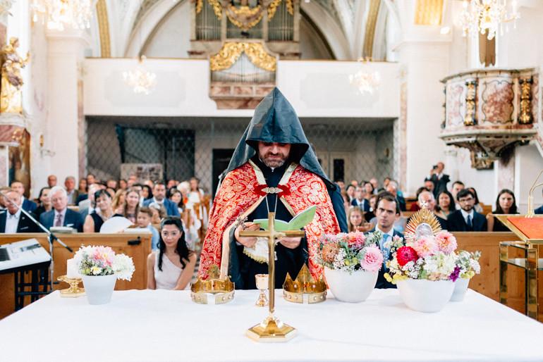 Hochzeitsreportage-Innsbruck-JuliaMuehlbauer-28.jpg