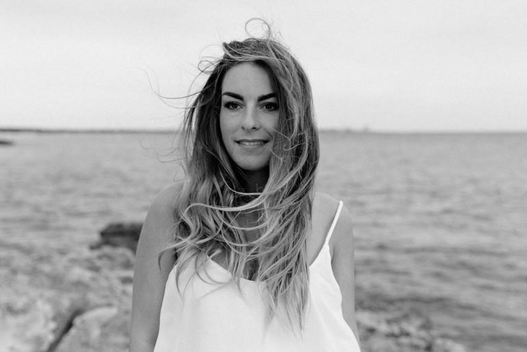 Julia-Muehlbauer-Mallorca-Portraitshooting-Hochzeitsfotografin-06.jpg