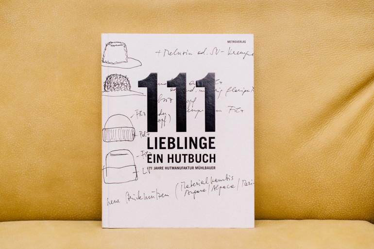 Julia-Mühlbauer-111Lieblinge-Hutbuch.jpg