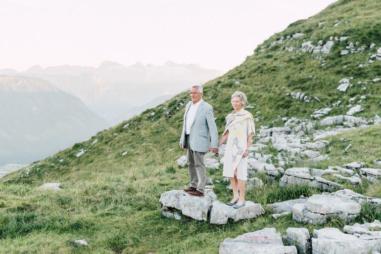 Julia-Mühlbauer-Altaussee-Paarshooting-Goldene-Hochzeit-21.jpg