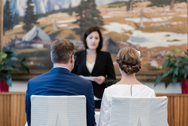 Julia-Mühlbauer-Hochzeitsfotografie-Looshaus-43.jpg