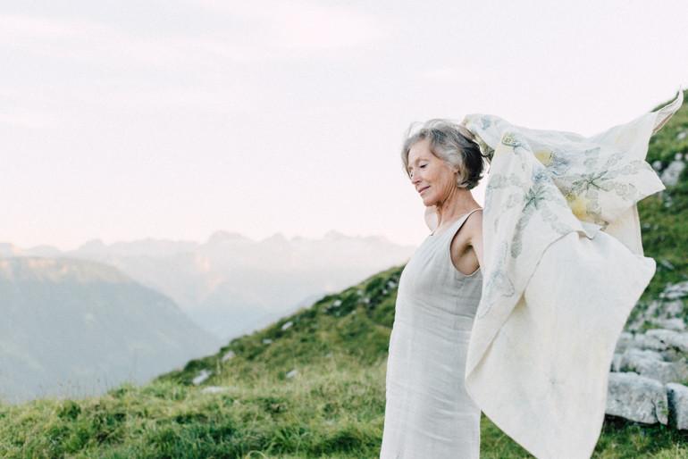 Julia-Mühlbauer-Altaussee-Paarshooting-Goldene-Hochzeit-27.jpg
