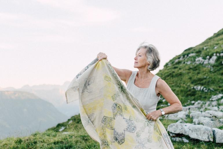 Julia-Mühlbauer-Altaussee-Paarshooting-Goldene-Hochzeit-26.jpg