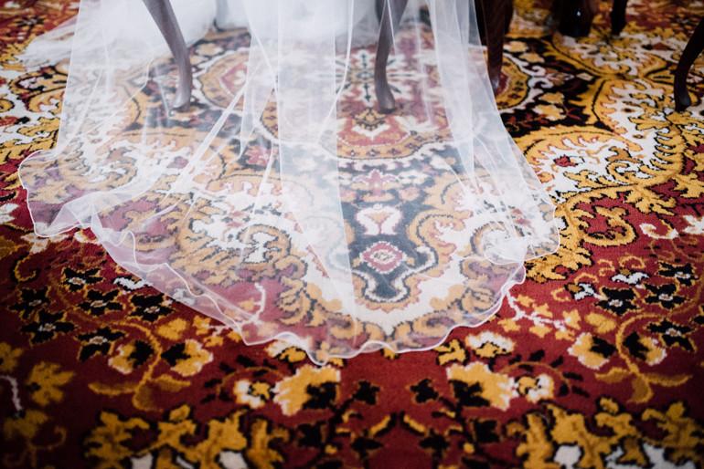 Julia-Mühlbauer-Hochzeitsfotografie-Atzenbrugg-17.jpg