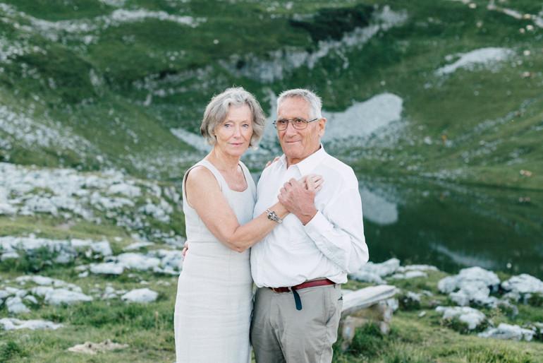Julia-Mühlbauer-Altaussee-Paarshooting-Goldene-Hochzeit-10.jpg