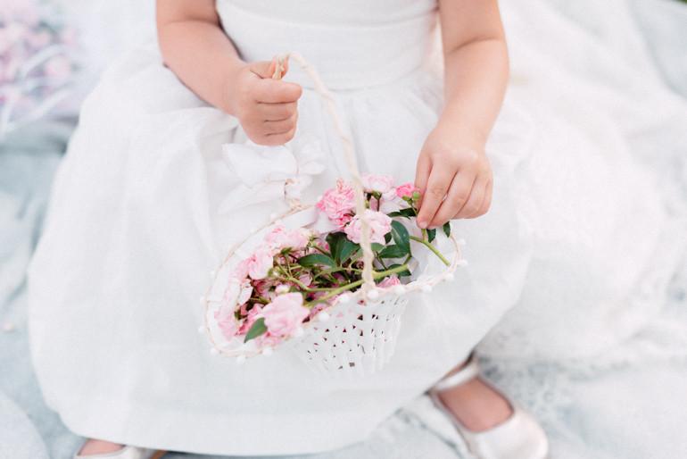 Julia-Mühlbauer-Hochzeitsfotografie-Kinder-Braut-37.jpg