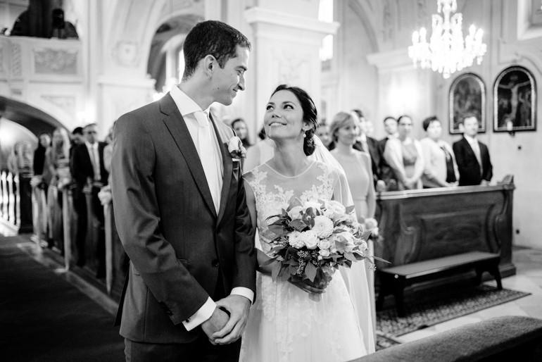 Julia-Mühlbauer-Hochzeitsfotografie-Atzenbrugg-18.jpg