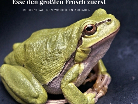 Esse den größten Frosch zuerst