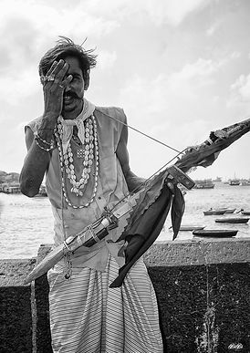 Musician in Mumbai in black and white