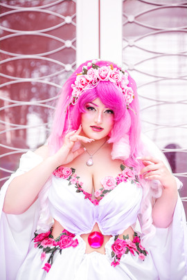 Rose Quartz by Bakamono Cosplay