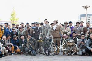 自転車に乗って街をみんなで走る「ツイードラン」。今年も東京と名古屋で開催!