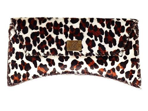 Bella Clutch Leopard Big Print