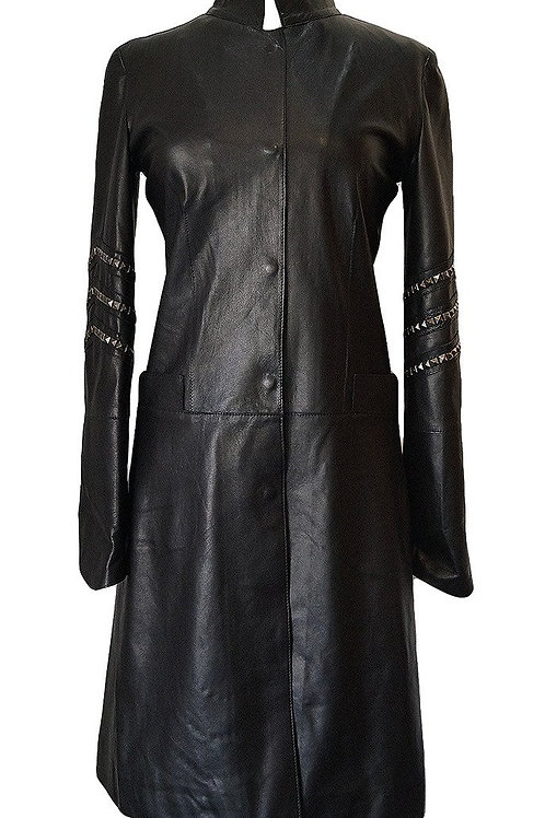 A Las Palmas Long Coat in Black