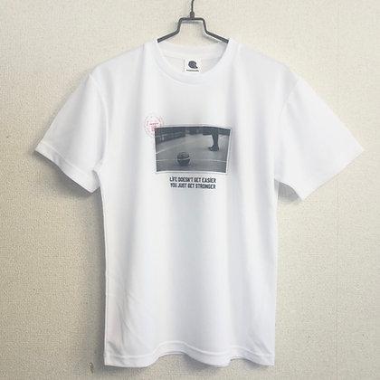 夏 逹維 メッセージTシャツ