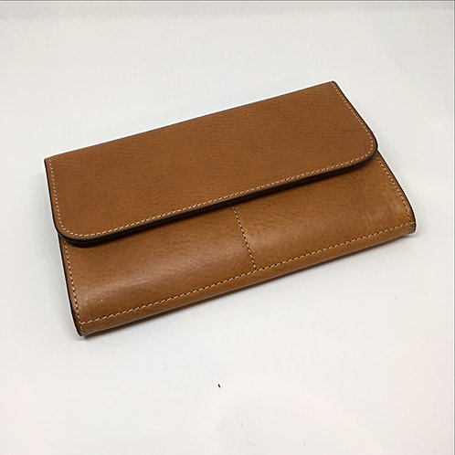 Medium wallet with button closure