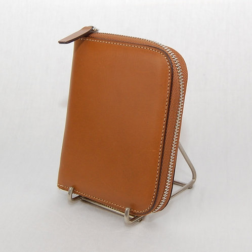 Small wallet with zip