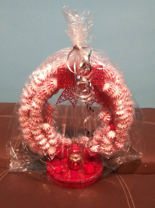 HANDCRAFTED CANDY CENTERPIECES