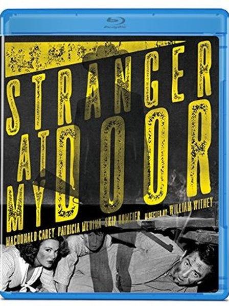 A LEI DO REVÓLVER (Stranger At My Door, 1956)