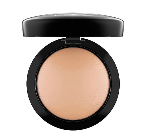 M.A.C Mineralize Skinfinish Natural Medium Golden.
