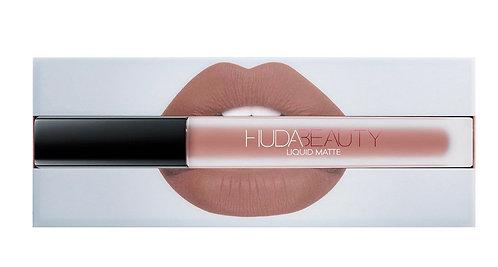 HUDA BEAUTY Liquid Matte Lipstick (VENUS)