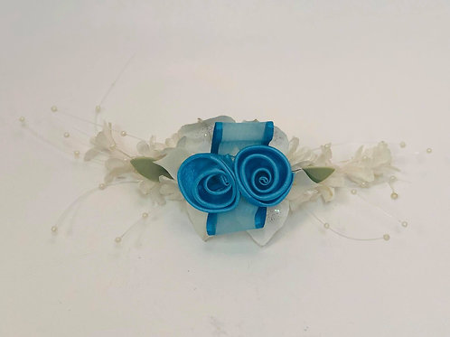 Corsage Light blue and White