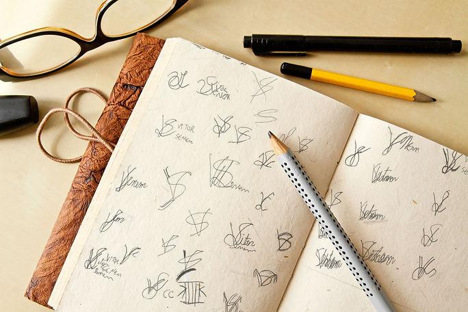 Sketch rascunhos marca pessoal.jpg