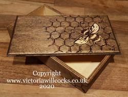 Bee Trinket Box Victoria Willcocks (1)