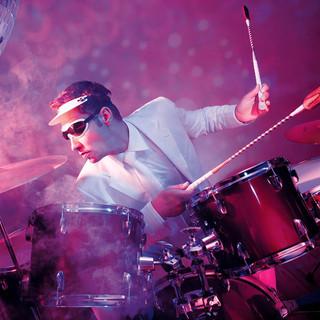drums_hori.jpg