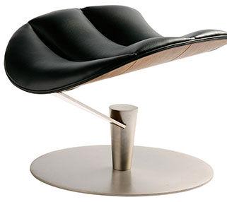 Gamut-Lobster-chair-footstool.jpg