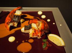 オマール海老と白身魚のソテー ビスクソースで