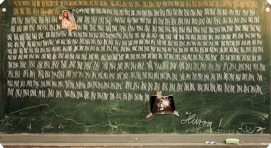 Hubert Warter - Illustration - Karte - Neujahrskarte - Millenium - Tafel - Kreide - zählen - Jesus - Feuerwerked.jpg - new year card - millenium - blackboard - chalk - counting - Jesus - fireworks