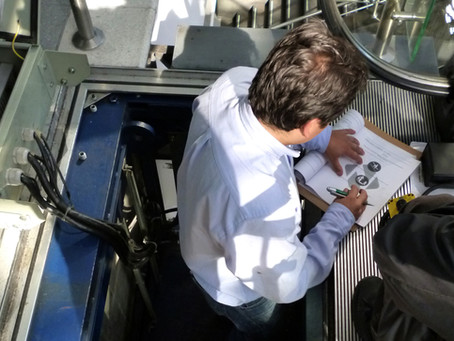 ¿Sabía usted que la inspección de escaleras y ascensores es de cumplimiento obligatorio?