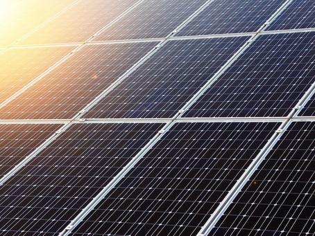 Para 2023 se debe comprar energía eléctrica de fuentes renovables