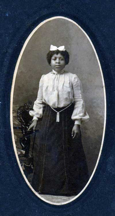 Photo-of-young-woman-living-in--Wellingt